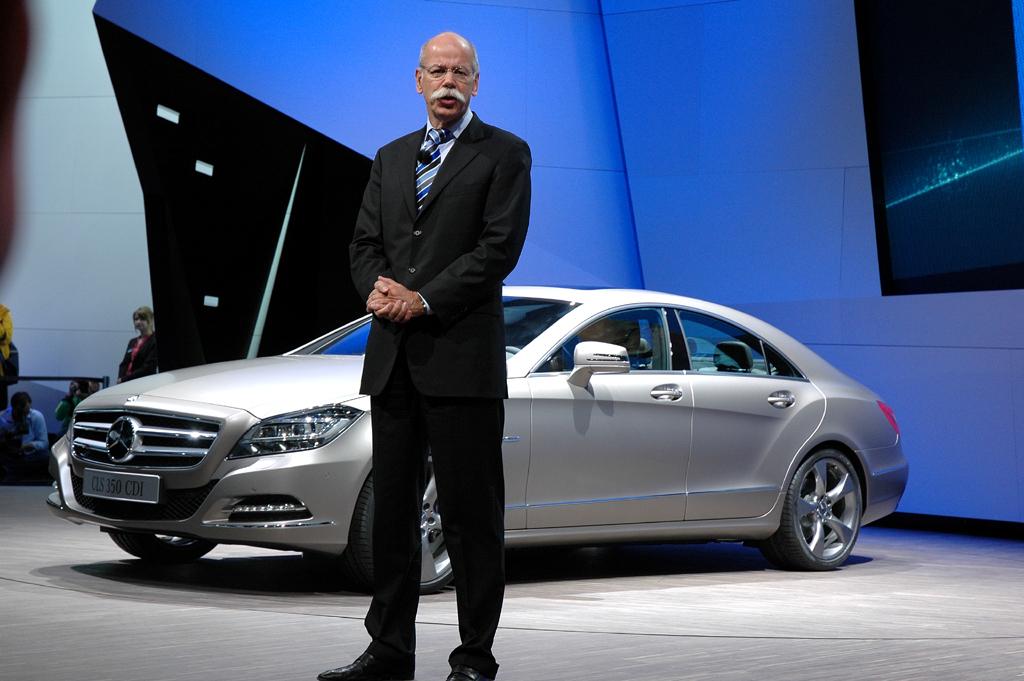 Daimler/Mercedes-Chef Dieter Zetsche stellt die CLS-Neuauflage vor.