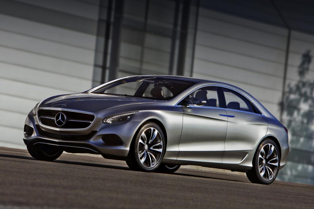 Der Mercedes F800 Style dürfte stilistisch die 2016 kommende, nächste E-Klasse vorwegnehmen