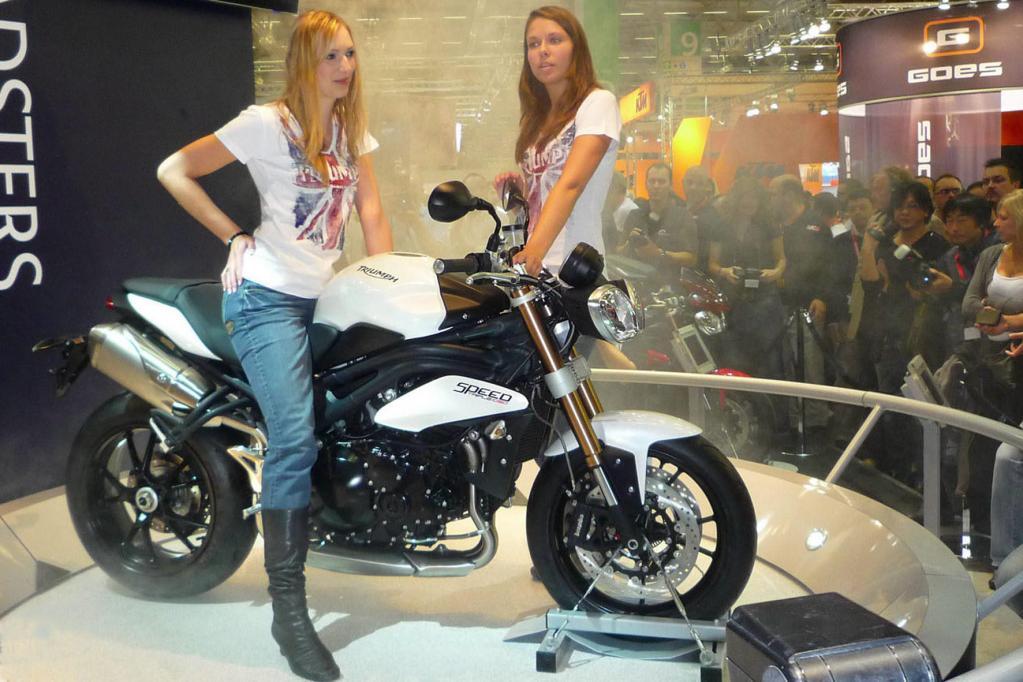 Der britische Traditionshersteller Triumph präsentiert eine neue Version seiner Stilikone Speed Triple.