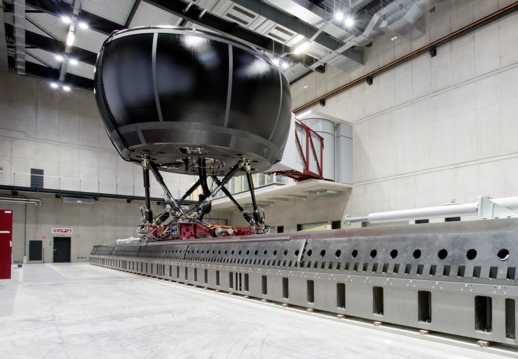 Der neue Fahrsimulator für Mercedes-Benz, Bild: Daimler