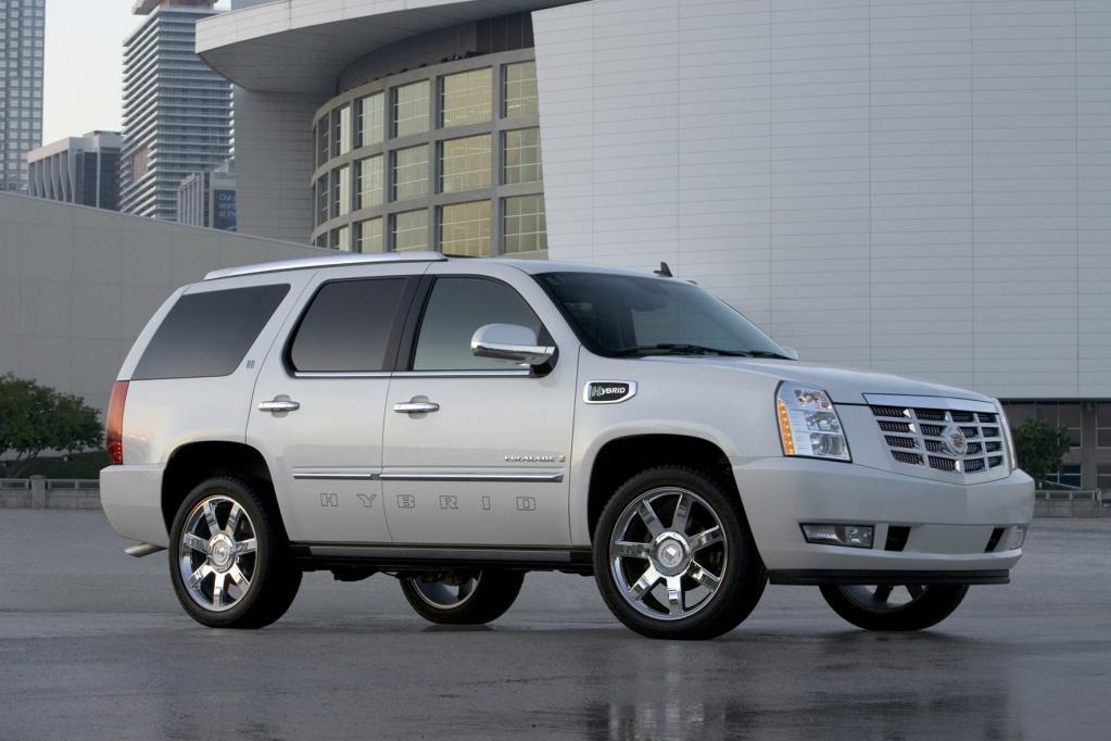 Die Leistung des Cadillac Escalade Hybrid beträgt 248 kW/337 PS.