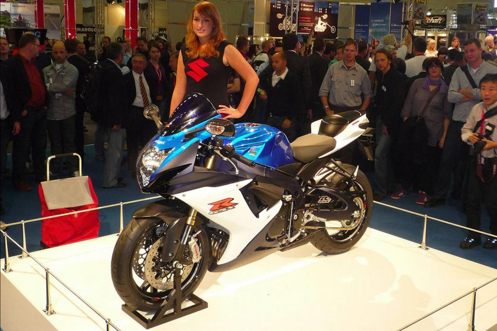 Die renovierte Supersport-Familie GSX-R zeigt Suzuki.