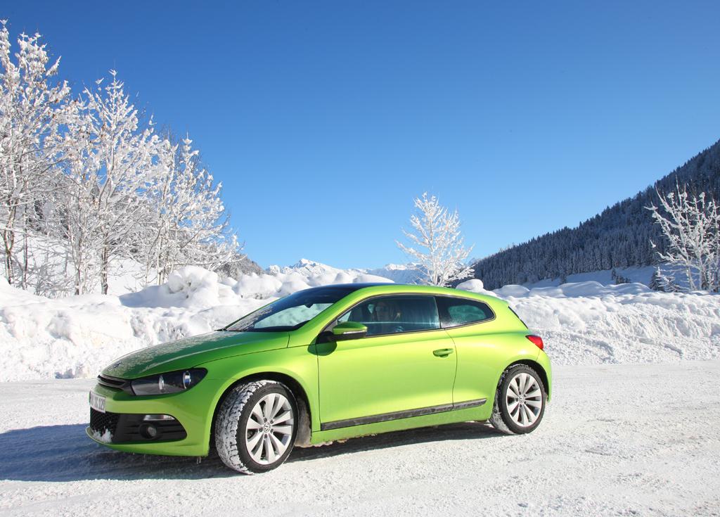 Die richtige Bereifung macht das Fahren in Winterlandschaften sicherer.