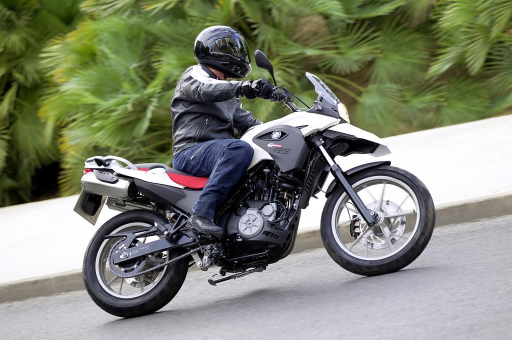 EICMA 2010: BMW stellt die G 650 GS vor