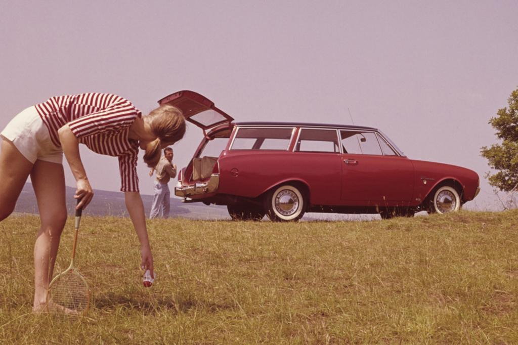 Ford Taunus 17M P3 Badewanne Kombi