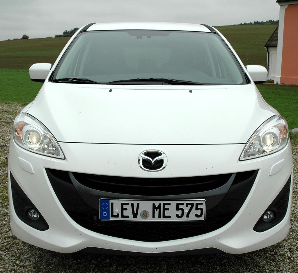 Mazda5: Blick auf die Frontpartie.