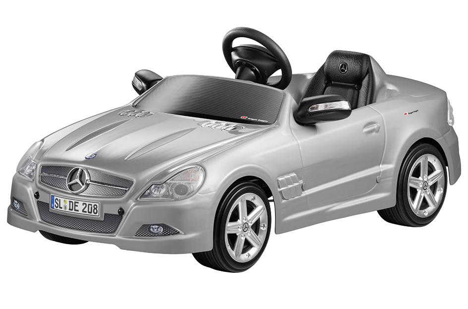 Mercedes-Benz präsentiert Christmas-Collection