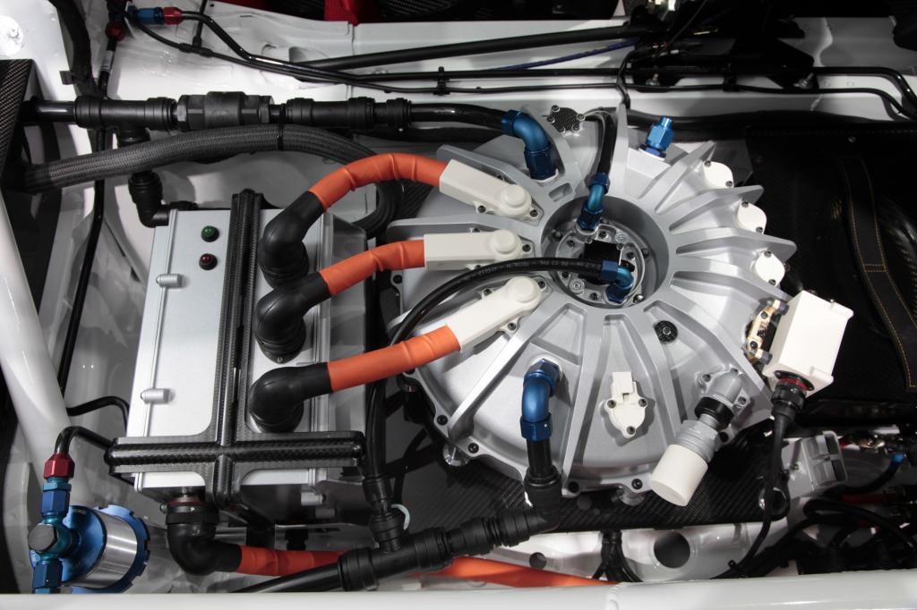 Mit dem Schwungradspeicher werden bis zu 60 kW/81 PS freigesetzt