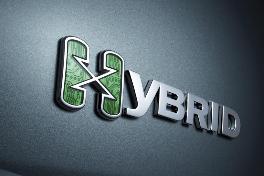 Nur das große Hybrid-Zeichen bewahrt Fahrer des Escalade vor