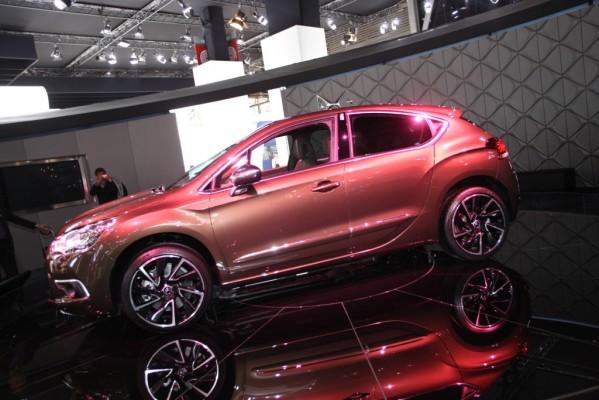 Paris 2010: Citroën stellt C4 und DS4 vor