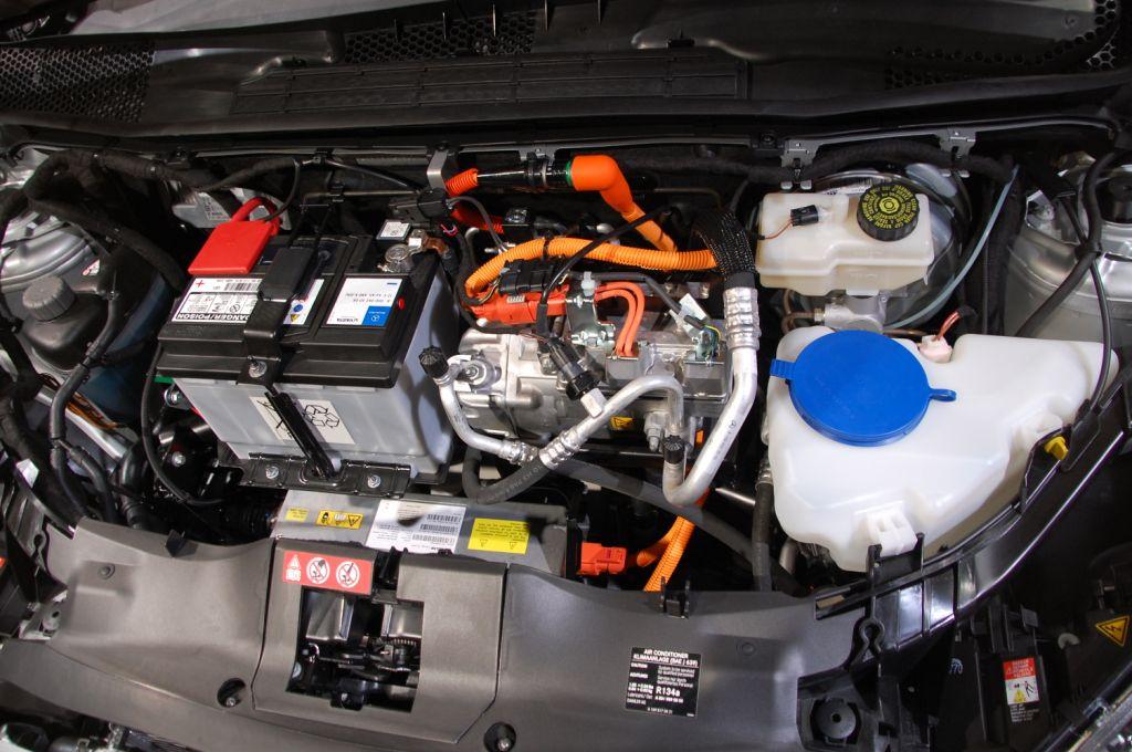 Paris 2010: Mercedes CLS, A-Klasse E-Cell und ein neuer Diesel
