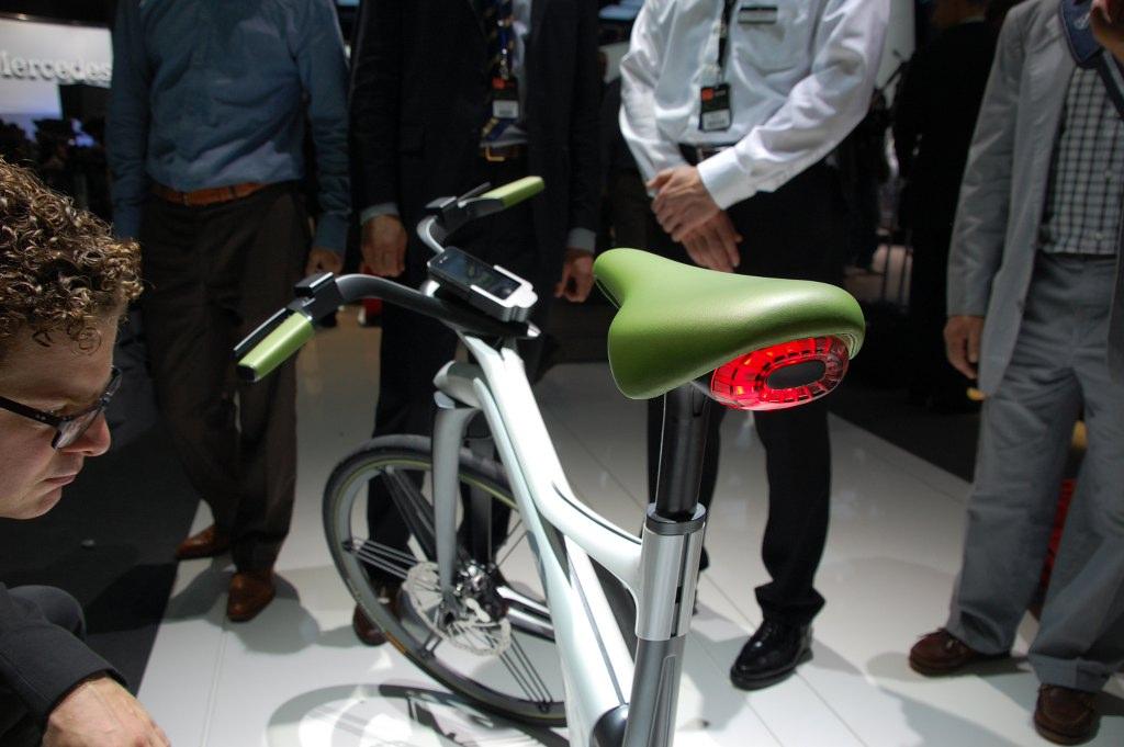 Paris 2010: Smart Elektro-Roller