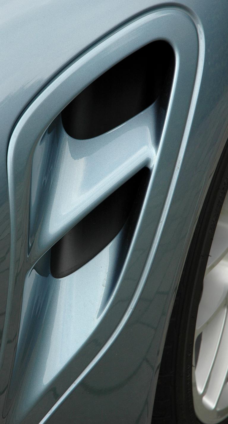 Porsche 911 Turbo S Coupé: Blick auf seitlichen Lufteinlass.