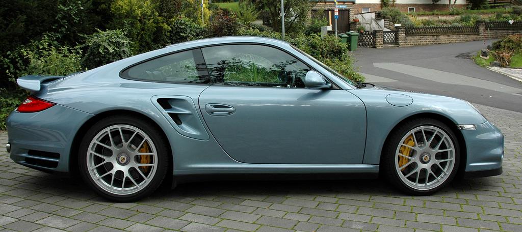 Porsche 911 Turbo S Coupé: Seitenansicht.
