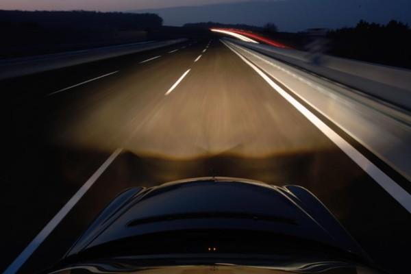 Recht - Bei Nacht besonders vorsichtig fahren