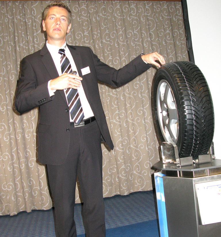 Thomas Obernesser ist bei Michelin in Deutschland zuständig für Test und Technik.