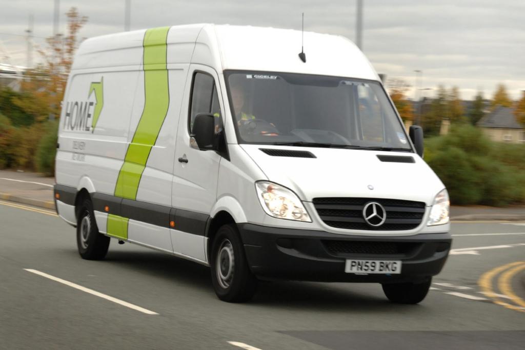 Unfallforschung - Transporter sicherer als ihr Ruf