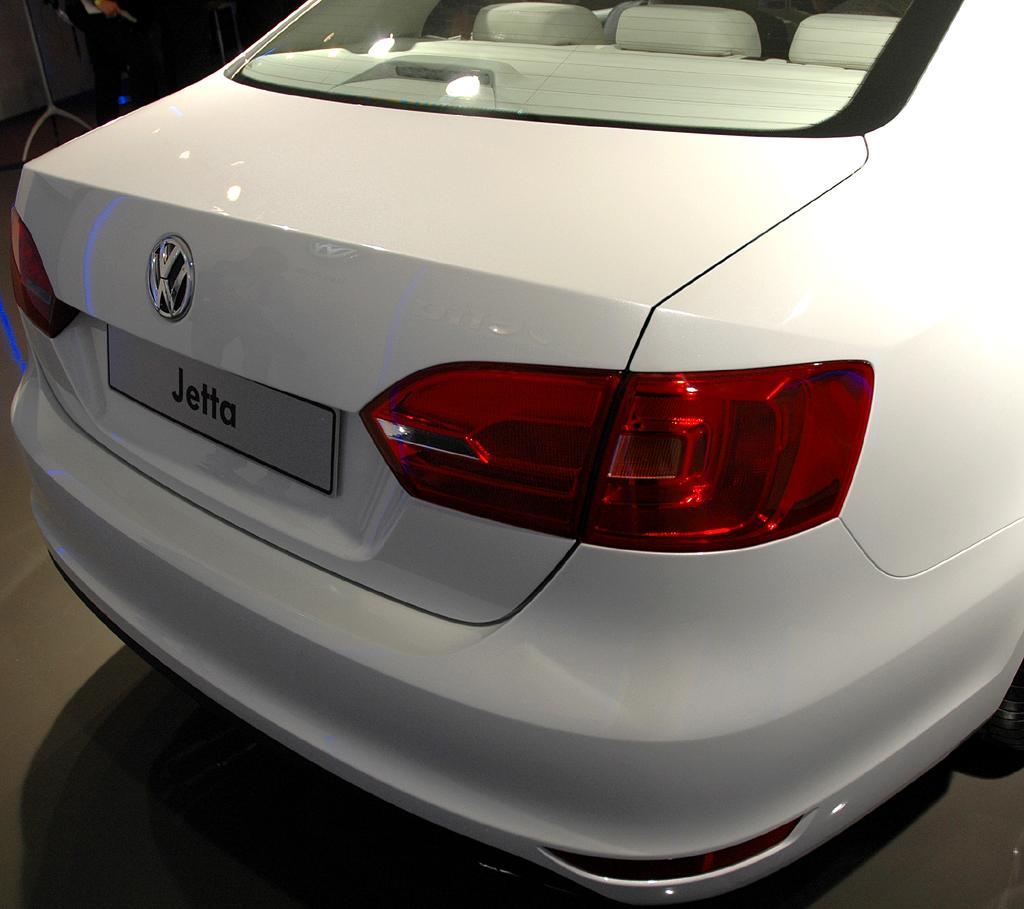 VW Jetta: Das Heck wirkt jetzt nicht mehr so aufgesetzt wie der frühere