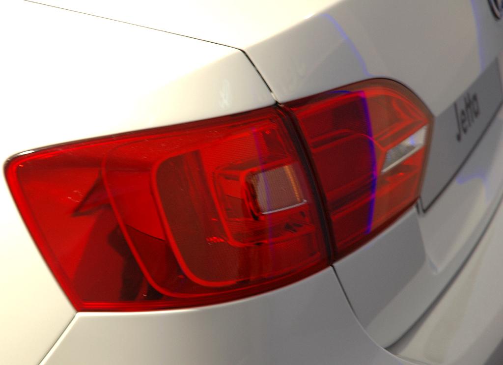 VW Jetta: Moderne Leuchteinheit hinten.