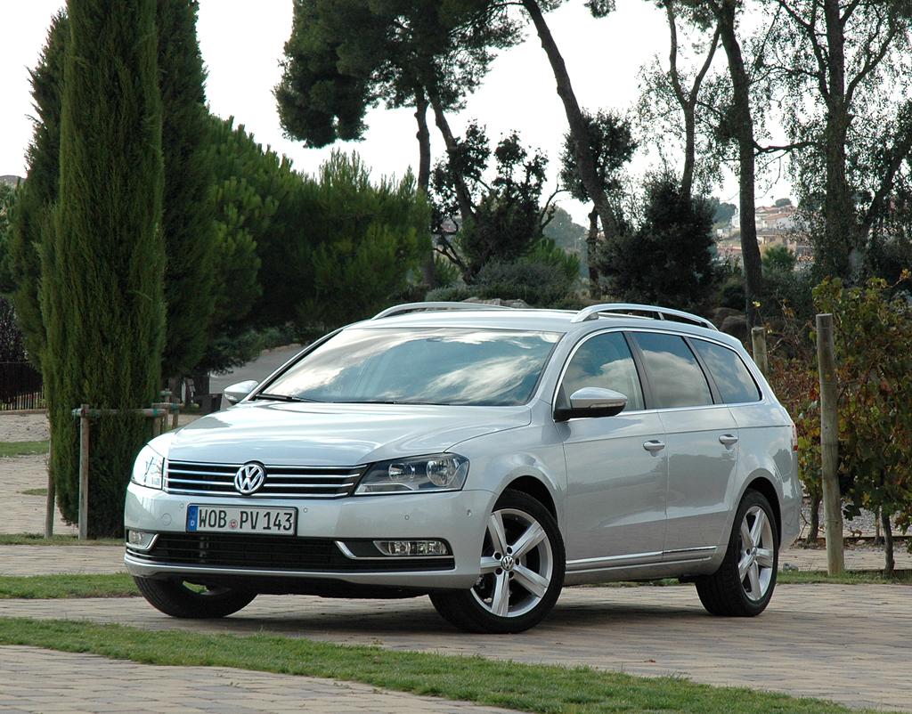 VW Passat: So sieht der bei den Wolfsburgern Variant genannte Kombi aus.