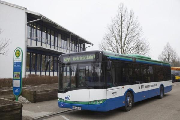Verhalten an Bushaltestellen - So vorsichtig wie möglich