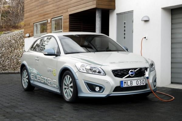 Volvo-Entwicklung - Das Elektroauto, das Benzin tankt