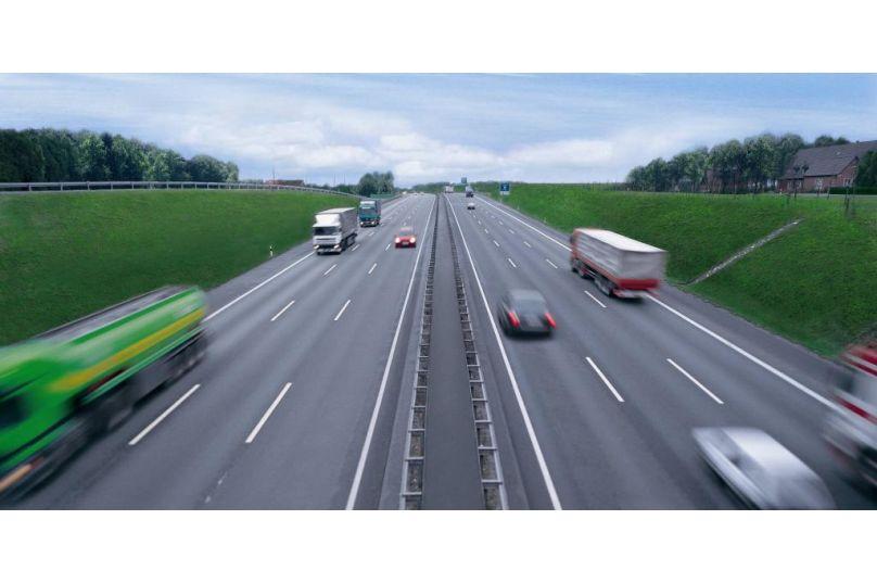 ADAC: Tankstellen an der Autobahn kassieren ab