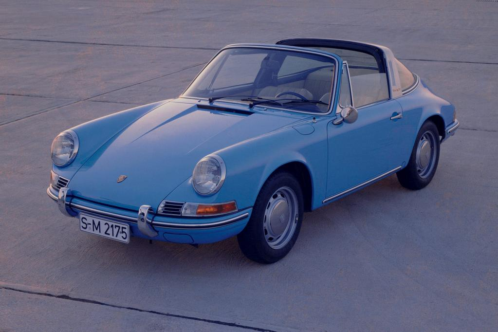 Auch Oldtimer von Porsche, wie der 911 Targa von 1970, ist eine gute Wertanlage.