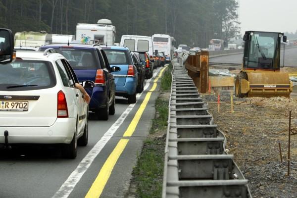 Autobahnchaos: Warum der November Staumonat Nummer eins ist