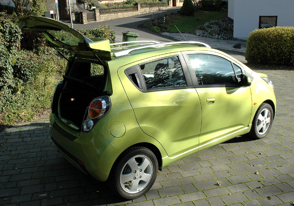 Chevrolet Spark: In den Kofferraum passen 170 bis 570 Liter Gepäck hinein.