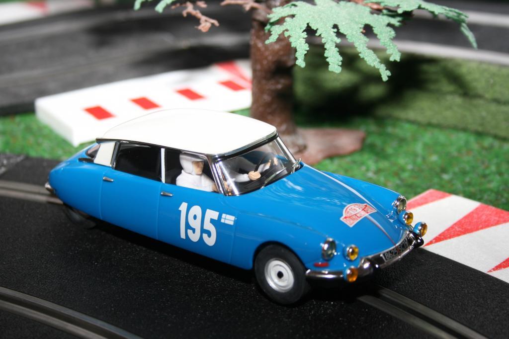 Citroën DS 21 Rallye Monte Carlo 1966 von SCX.