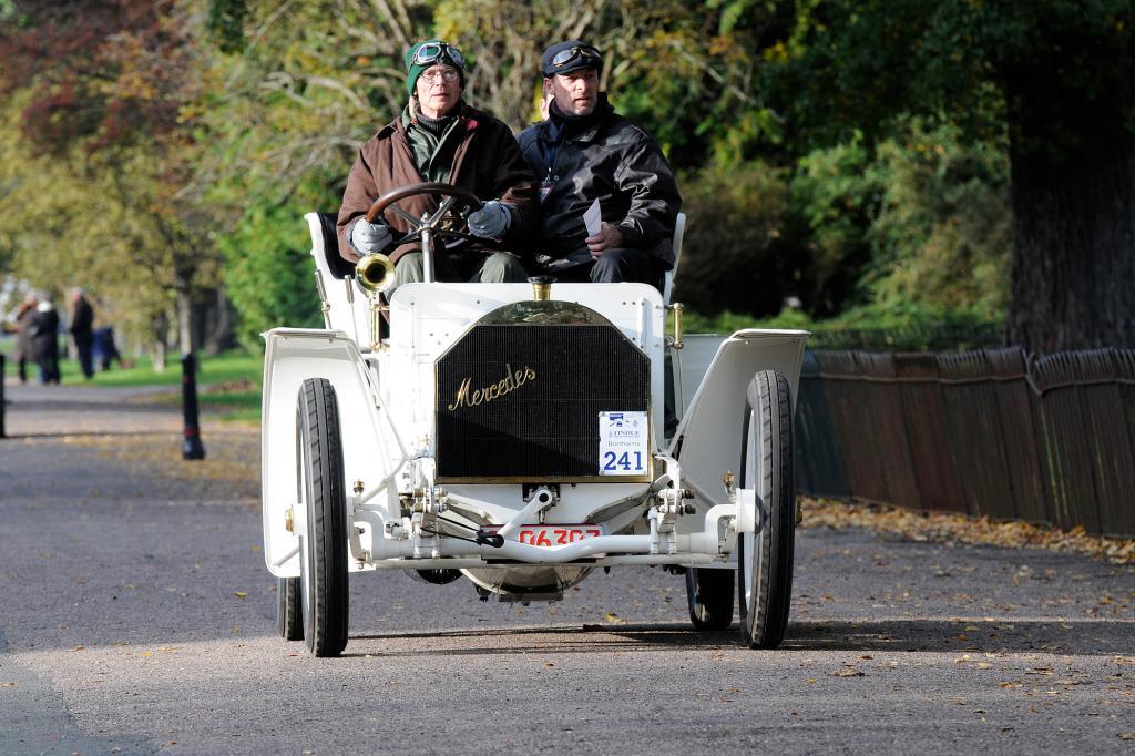 Der Mercedes Simplex ist fast 100 Jahre alt - genau genommen Baujahr 1902