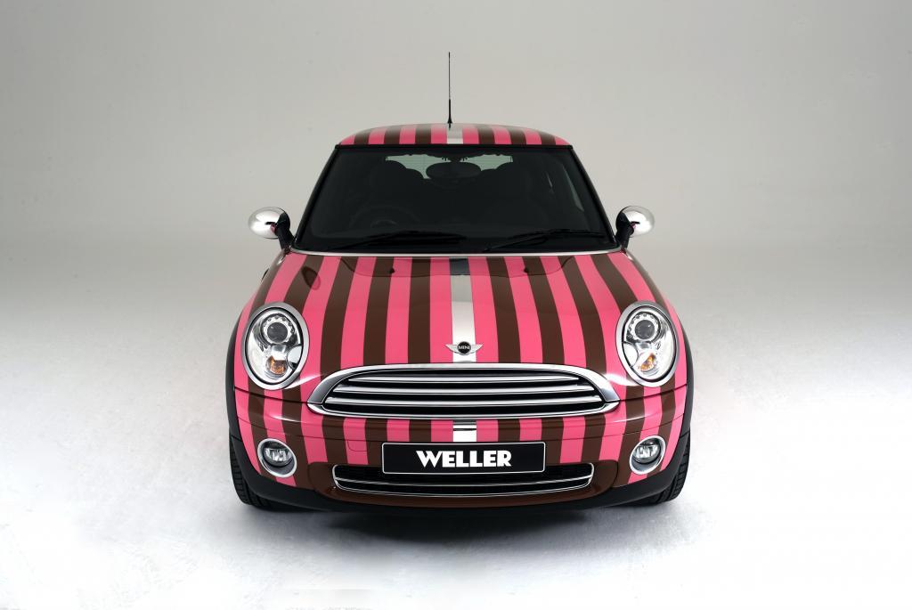 Der Musiker Paul Weller versteigert einen von ihm designten Mini Cooper für gute Zwecke.