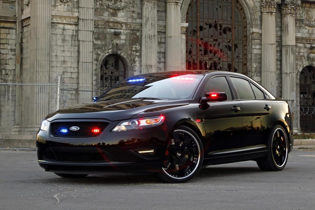 Der Police Interceptor Stealth ist noch besser als sein Vorgänger