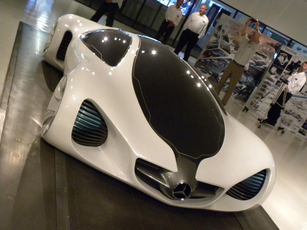 Der Vorschlag für einen Merecedes-Benz Biome stammt aus dem Designstudion von Mercedes-Benz in Kalifornien.