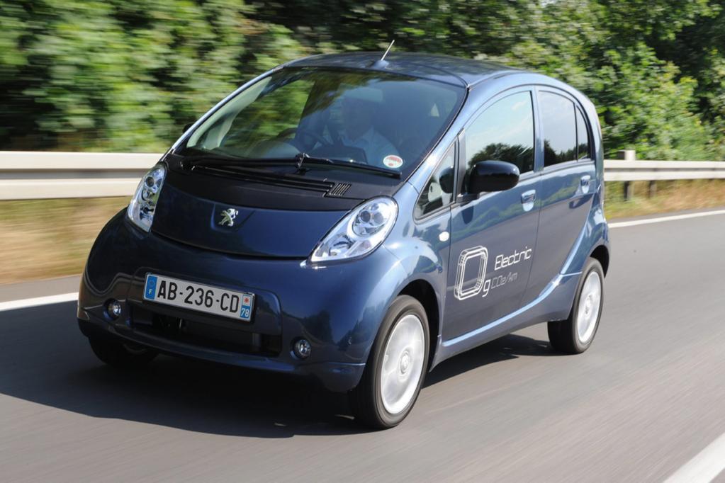 Die ersten Serien-Elektroautos wie der Peugeot Ion rollen jetzt auf die deutschen Straßen.