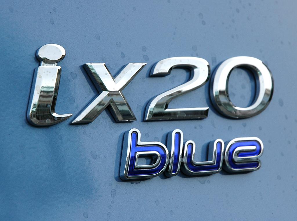 Hyundai ix20: Die optionalen Blue-Varianten unter anderem mit Stopp/Start-Automatik sind noch sparsamer.