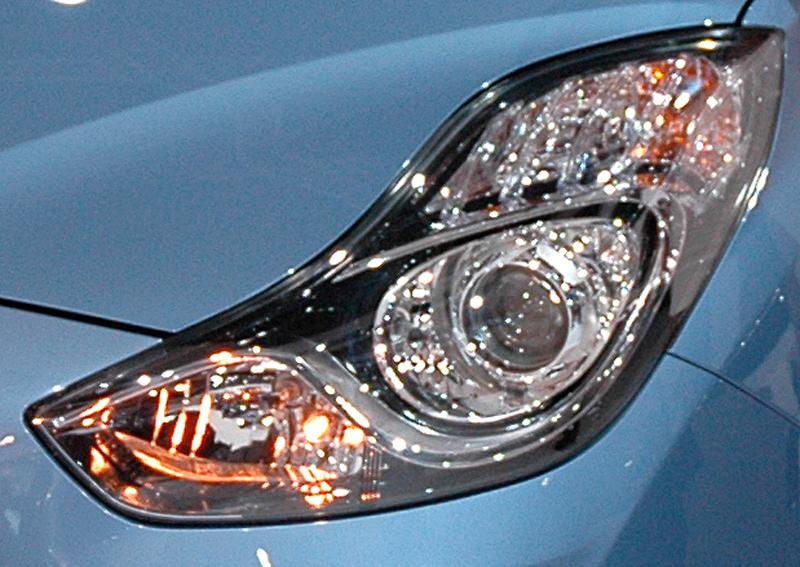 Hyundai ix20: Moderne Leuchteinheit vorn.