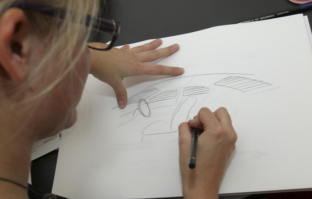 In der Innovationswerkstatt können Mitarbeiter aus den unterschiedlichsten Konzernbereichen ihrer Kreativität freien Lauf lassen.