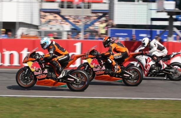 KTM geht 2011 mit zwei Teams und drei Fahrern in die Superbike-IDM