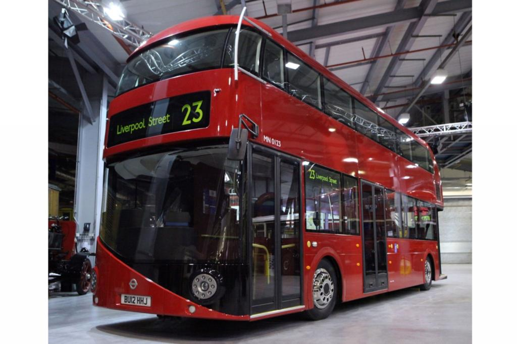Londoner Doppeldecker-Bus - Comeback mit Elektroantrieb