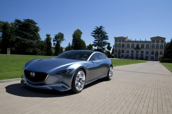 Los Angeles 2010: Mazda zeigt als Weltpremiere den Shinari