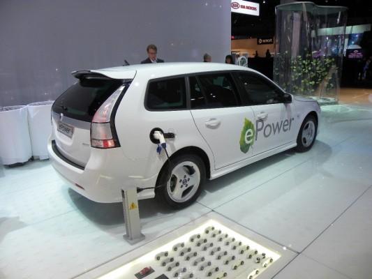 Los Angeles 2010: Saab 9-3 fährt elektrisch