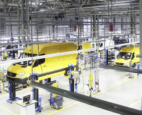Mercedes-Benz startet Produktion des Sprinter mit Flüssiggasantrieb
