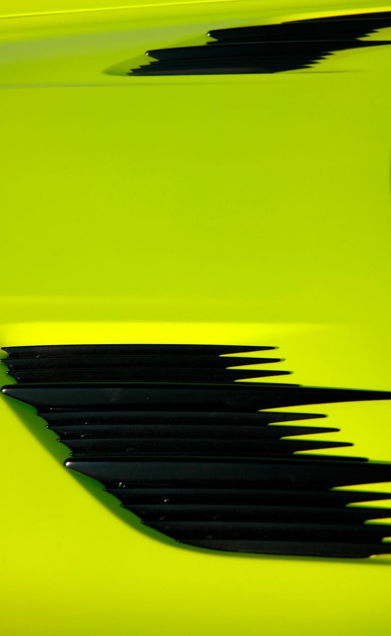 Mercedes SLS AMG E-Cell: Luftauslässe befinden sich nicht nur auf der Motorhaube ...