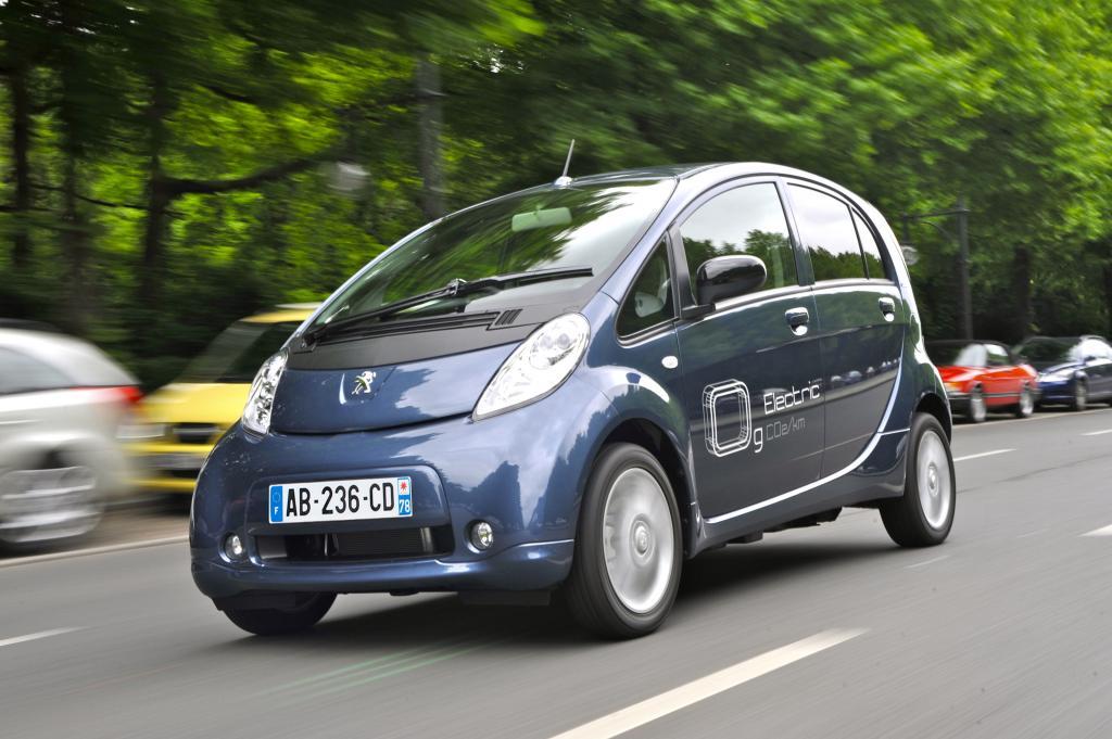 Peugeot iOn.