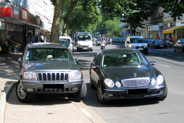 Politiker warnen: Parken in zweiter Reihe kann tödlich sein