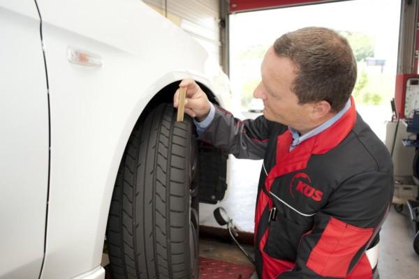 Reifen-Check - Plattfüße mit abgenutzter Sohle