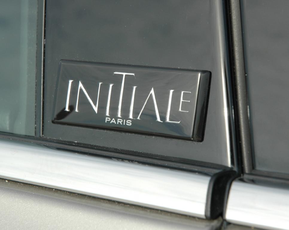 Renault Latitude: Nur in Initiale-Ausstattung wird der Wagen angeboten.