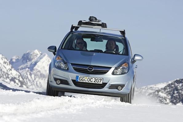 Sicher durch die kalte Jahreszeit! Mit auto.de und Opel gut gerüstet für Herbst und Winter. Tipp 1: Auf Winterreifen umsteigen!
